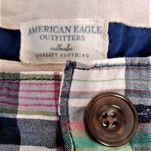 American Eagle Outfitters Shorts - AMERICAN EAGLE OUTFITTERS PLAID SHORTS SIZE 10